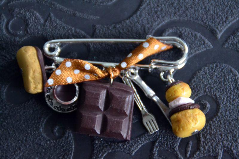 Eclair, chocolat, religieuse